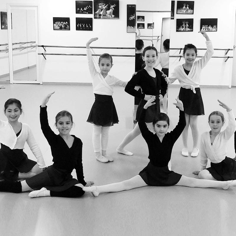 Clases de Ballet clásico para jóvenes